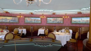 Disney Dream Cruise Ship - Dining Options