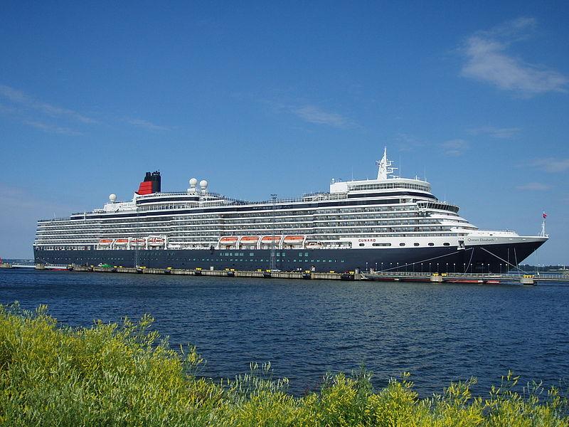 Queen Elizabeth Review - Queen Elizabeth Cruise Ship Review